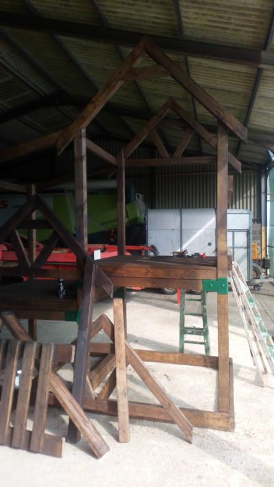 Playground unit - being refurbed 1 image