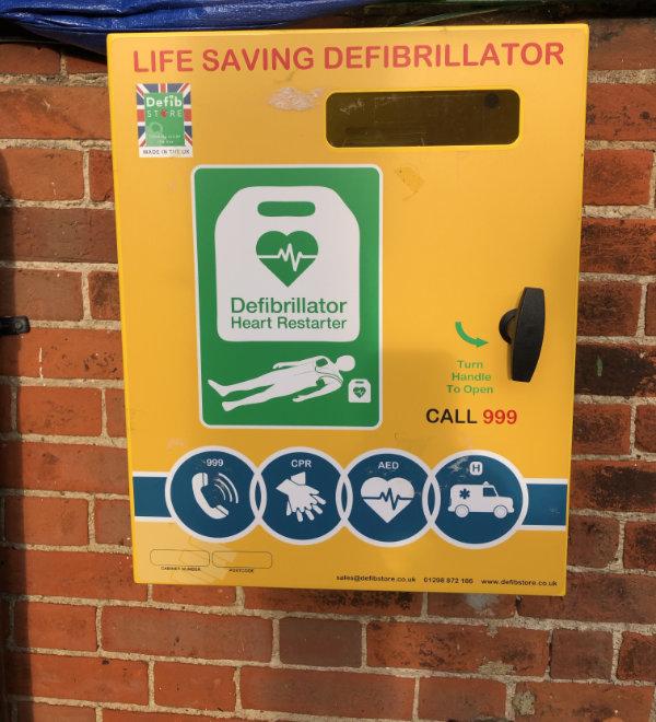 Knapton Defibrillator