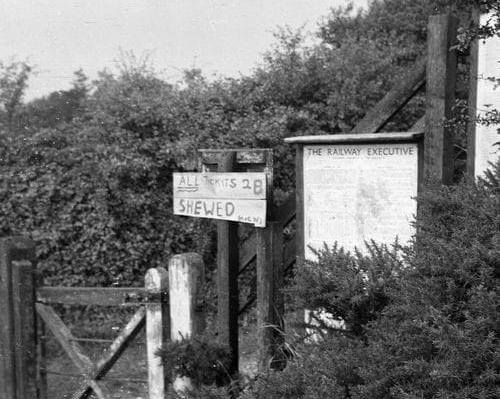 Sidestrand ticket sign